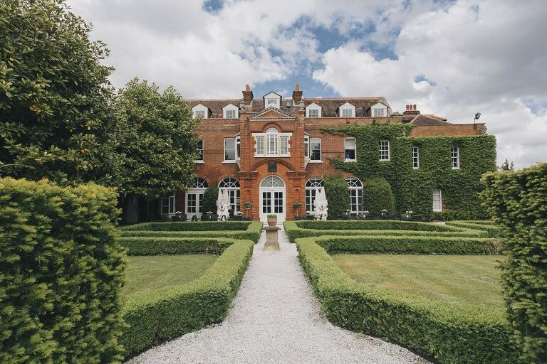 g Photography Shepperton Studios Littleton Park House