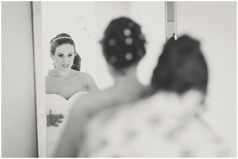 Surrey-Wedding-Photographer-Farnham-Castle_0019