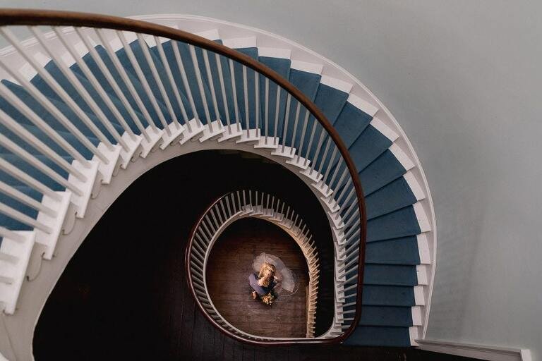 Clissold House wedding staircase